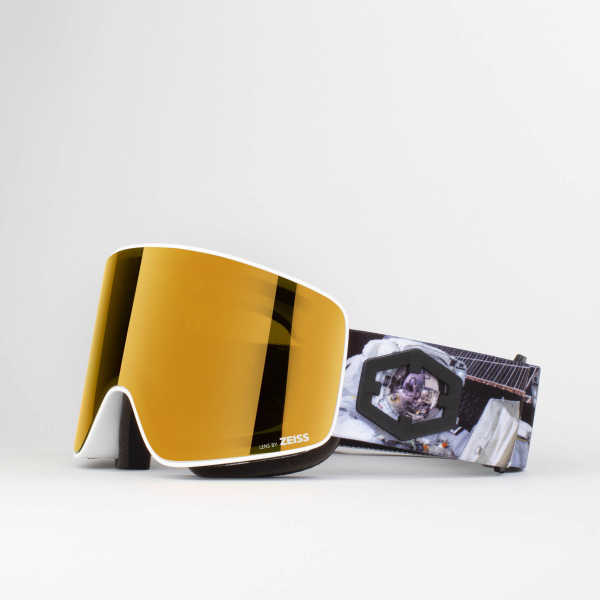 Void Astronaut Gold24 MCI